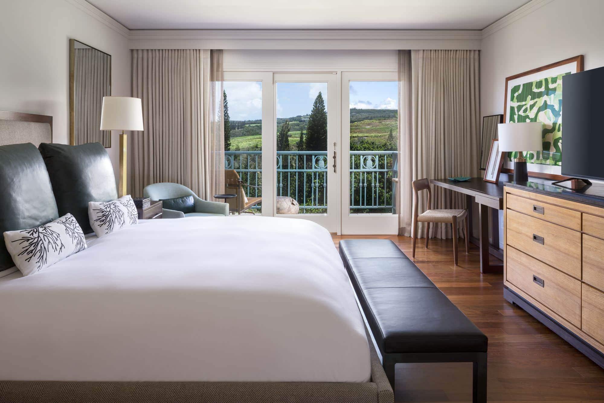 A romantic hotel room at the Ritz-Carlton, Kapalua