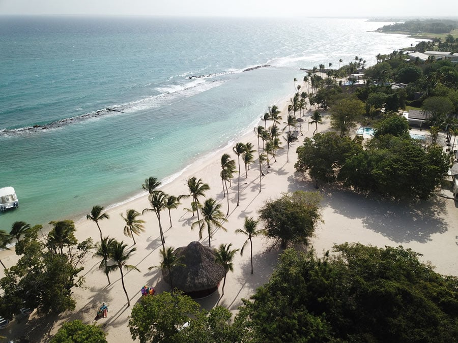 The white sands of Minitas Beach are pristine!