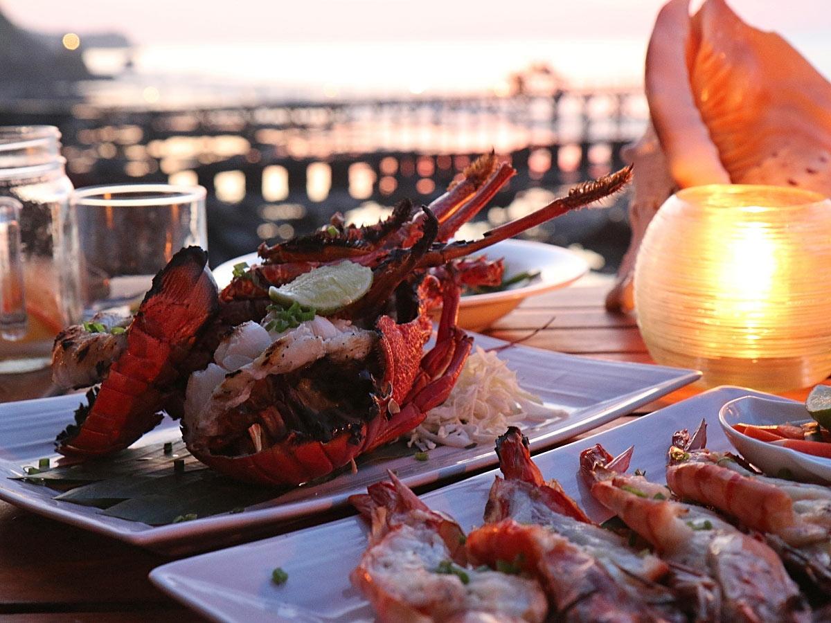 A romantic seafood dinner on Maui