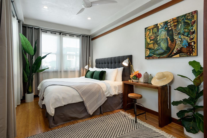 A Paia Inn guestroom