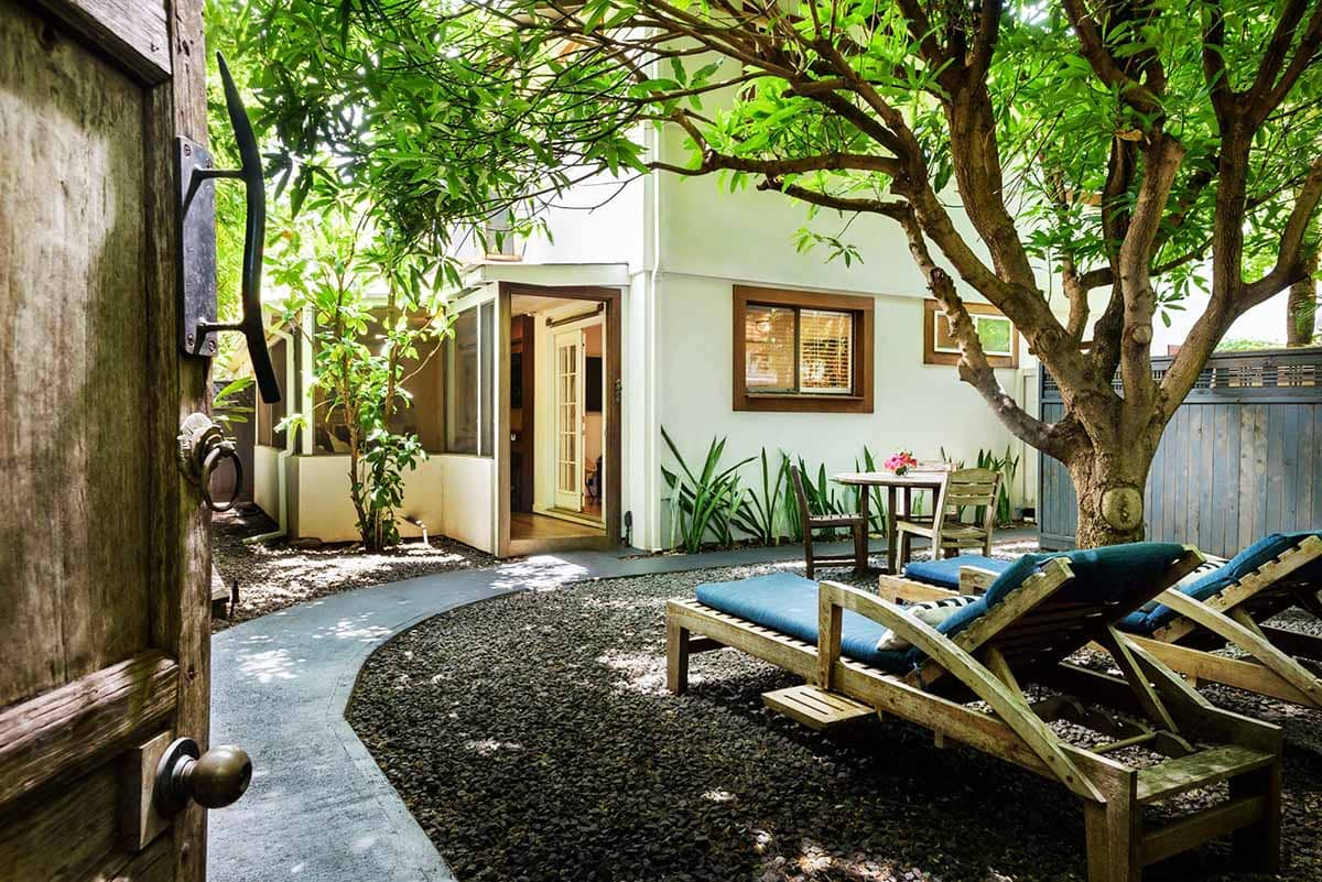 The Paia Inn is one of the best honeymoon hotels in Maui for staying in the heart of a funky bohemian town (Paia).