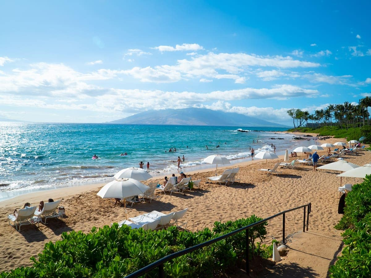 Many of the most romantic hotels in Maui are beachfront.