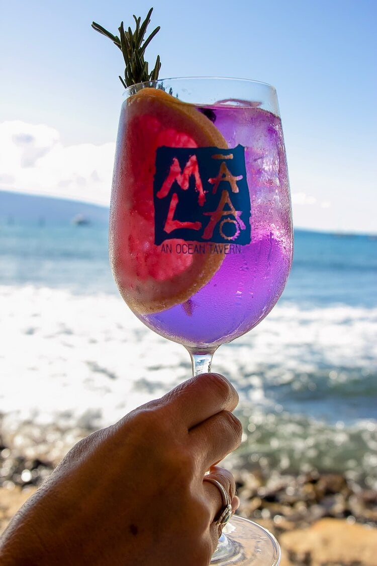 Enjoy cocktails together while watching the sunset in Maui.